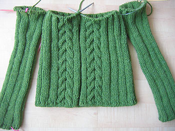 Knitting Patterns For Sweaters In The Round : Sweaters Knitted In The Round Patterns