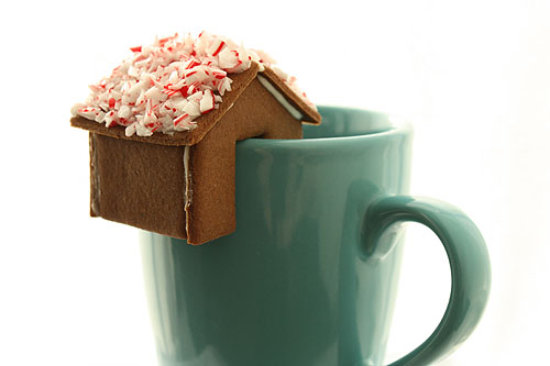 gingerbread cup-egde houses from Not Martha