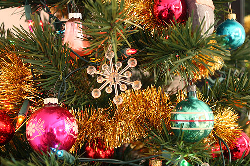 vintage ornaments on my tree