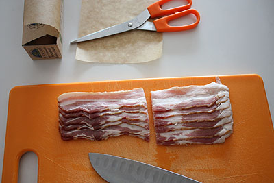 preparing bacon to freeze
