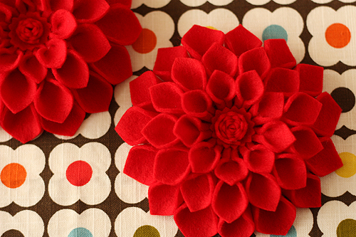 ... — to make: DIY Mother's Day Corsage: Felt Dahlia Flower Brooch