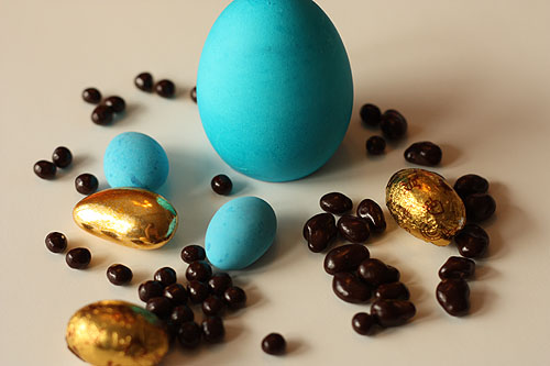 blue, gold and dark chocolate candies