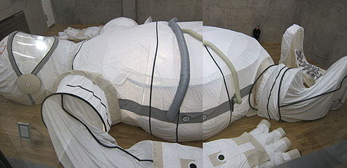 a 40 foot space suit