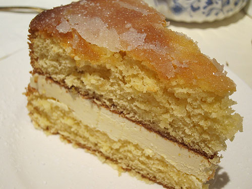 lemon and cream cake