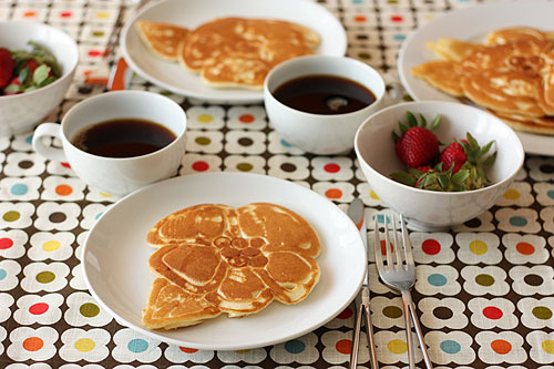 flower pancakes tutorial