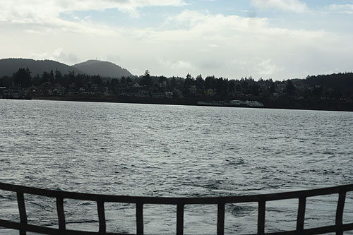 [ a view from the ferry to Anacortes, maybe a few hundred yards away ]