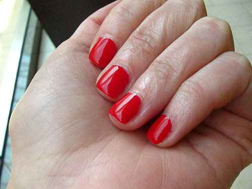 shellac manicure, shiny!